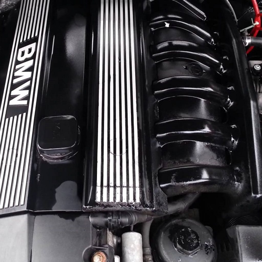 bmw-m52b25-engine
