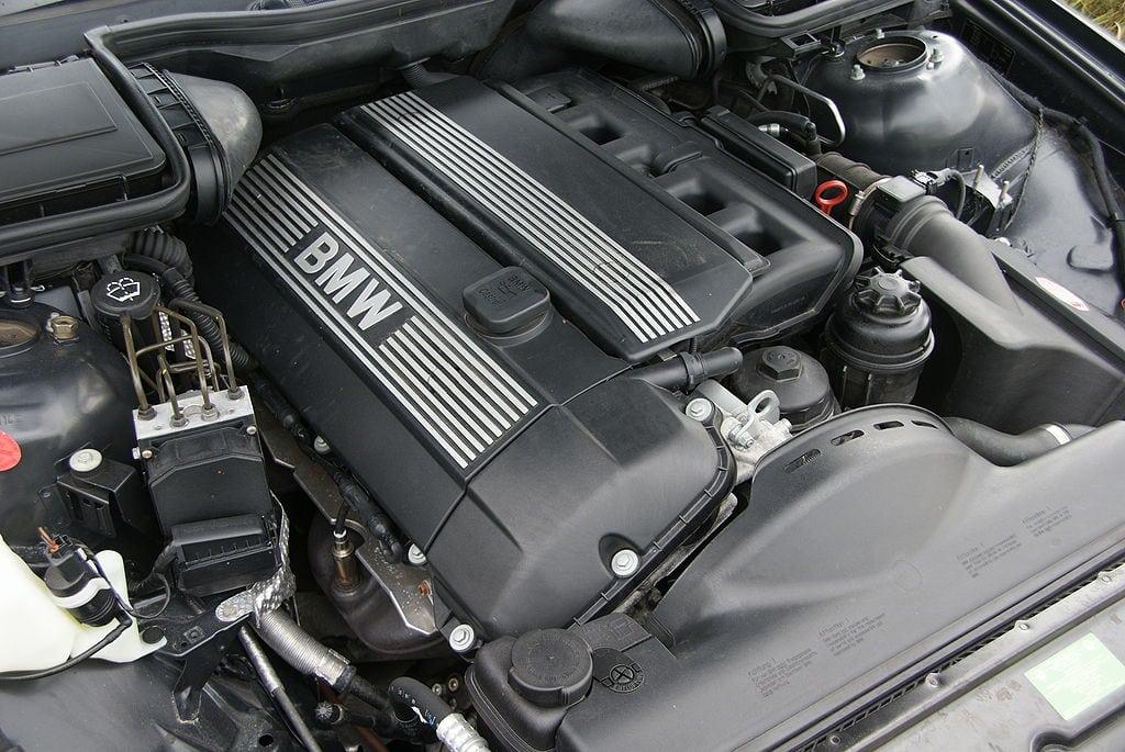 bmw m54b25 engine specs