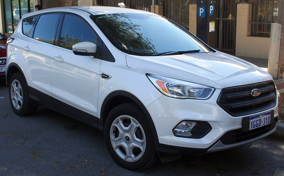 2019 ford escape oil capacity