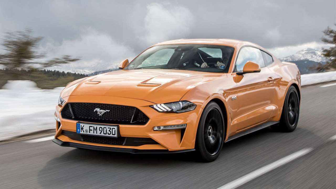 ford mustang oil capacity
